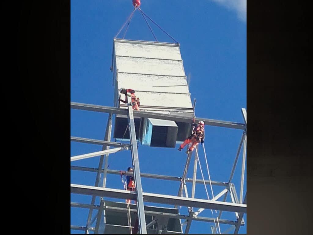 Montaż instalacji przemysłowych, usługi alpinistyczne, spawanie na wysokości