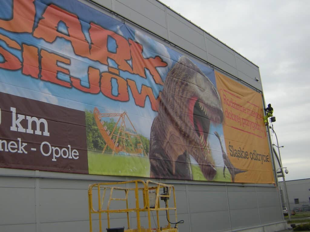Instalacje na wysokościach, montaż reklam, billboardów, Climbnet