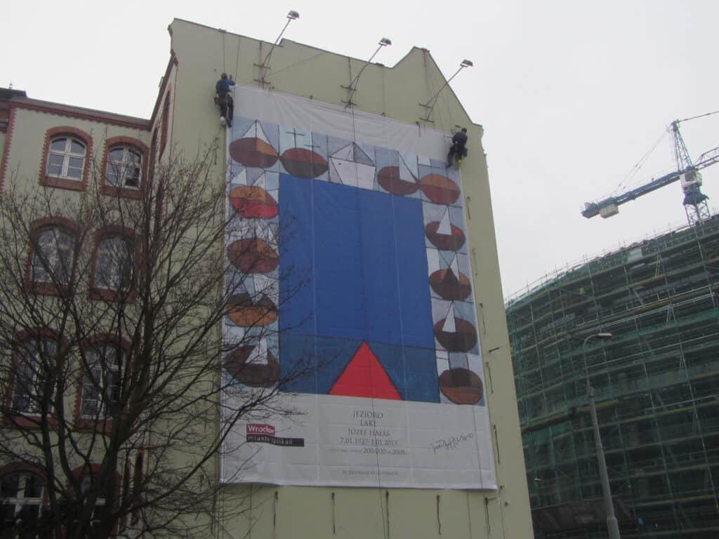 Prace na wysokościach, montaż reklam wielkoformatowych, usługi alpinistyczne