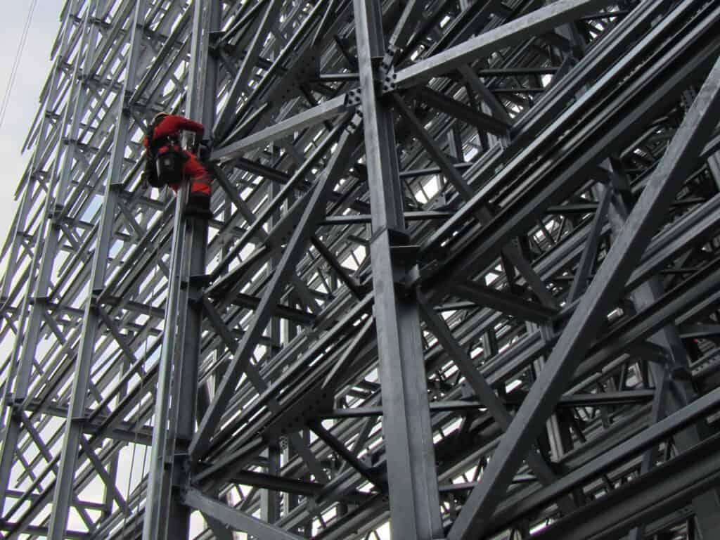 Instalacje konstrukcji stalowych, prace na wysokościach, Climbnet